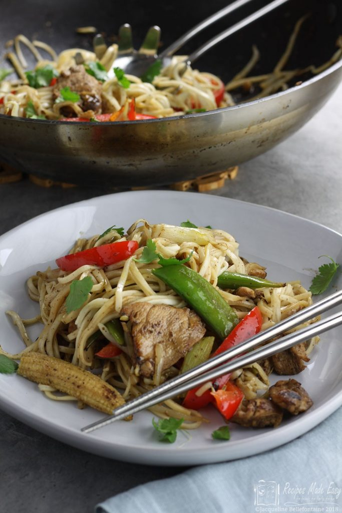 easy-chicken-noodle-stir-fry